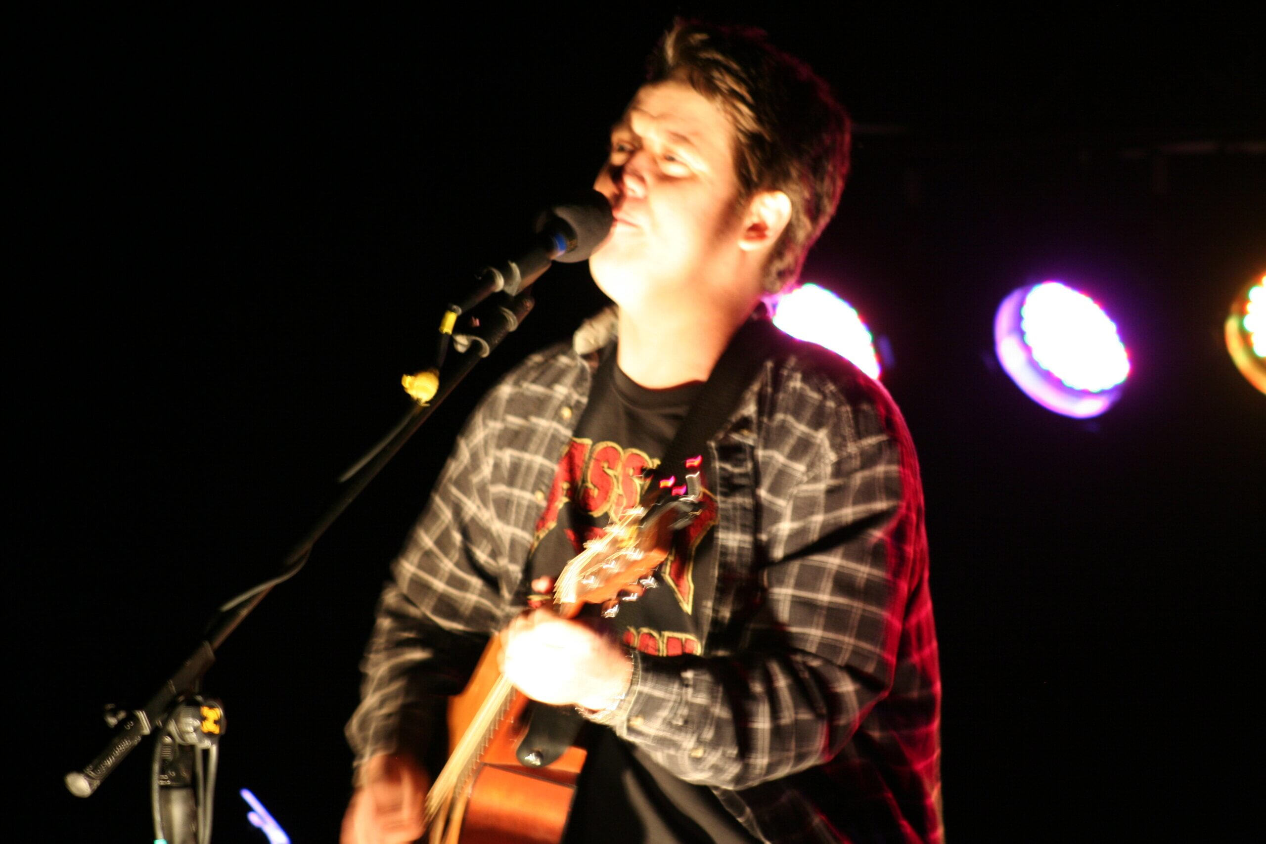 Aaron Traffas live country music at Medicine Lodge rodeo grounds